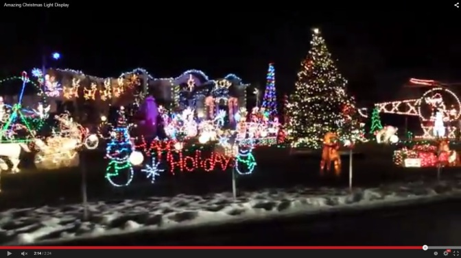 A Christmas Light Display to Remember